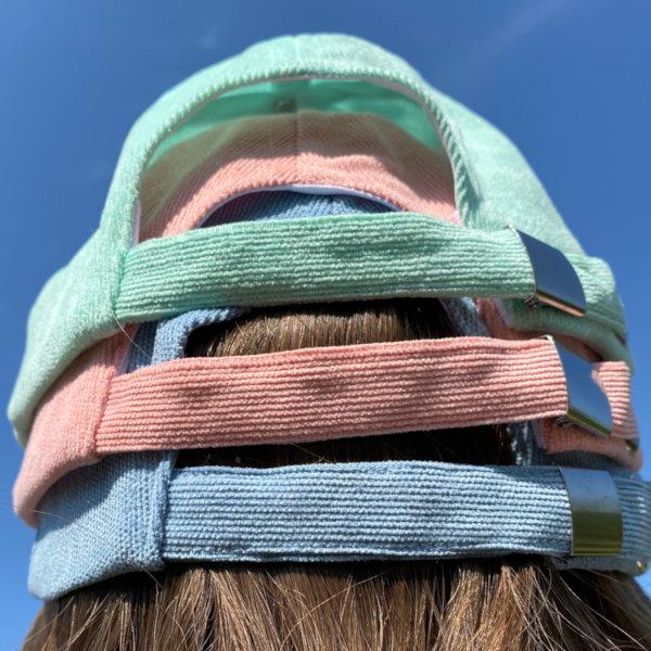 Billie kasketter i pastel farver set bagfra